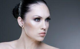 Maquiagem para convidadas de casamentos noturnos