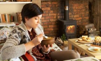 O prazer de comer no inverno pode ser desencadeado pelo emocional