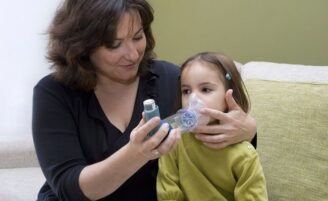 Saiba como identificar e tratar asma nas crianças