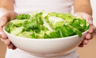 Transforme sua salada em uma refeição completa
