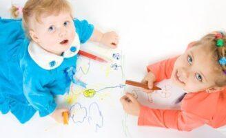 Como organizar os trabalhos escolares das crianças