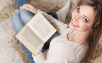 4 livros sobre relacionamento que toda mulher deveria ler