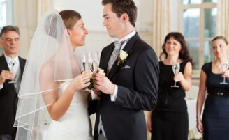 Como criar uma festa de casamento diferente em casa