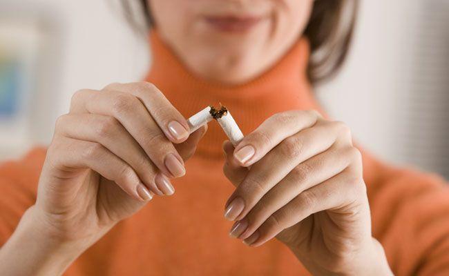 Como a disaccustom o homem para fumar