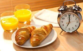 3 opções de café da manhã rápidas e saudáveis