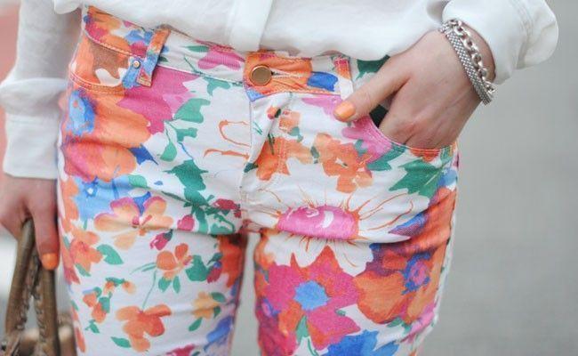 calcas com estampa floral Calça com estampa floral