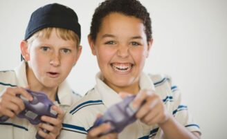 Criança x videogames: qual é o tempo indicado?