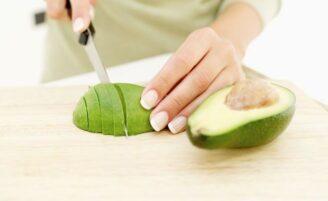 Óleo de abacate ajuda no tratamento de estrias e rugas