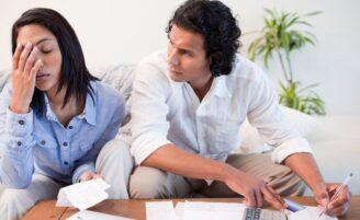 Como o dinheiro influencia no divórcio e vice-versa?