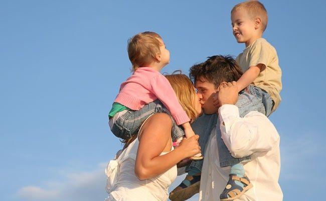 marido ou filhos Marido ou filhos? Como lidar com a necessidade de atenção de ambos