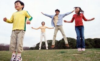 Dicas para praticar exercícios em família