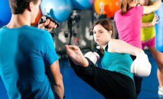 Muay thai: vantagens da prática para mulheres