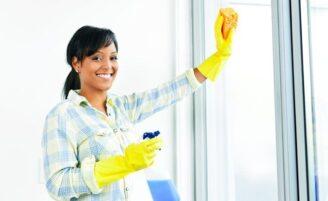 Vale a pena usar álcool na limpeza doméstica?