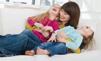 6 maneiras de aproveitar o tempo livre com os filhos sem sair de casa