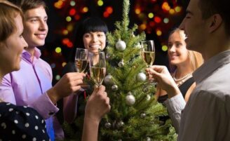 Como lidar com situações embaraçosas nas festas de fim de ano
