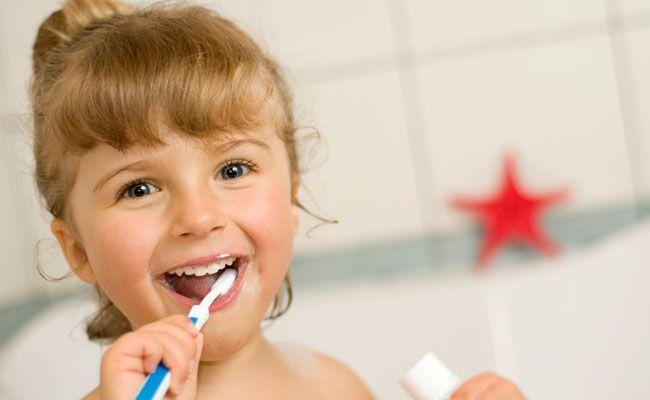 dicas para incentivar as criancas a escovarem os dentes Dicas para incentivar as crianças a escovarem os dentes