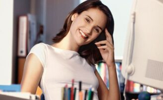 Organização no espaço de trabalho e imagem profissional