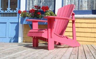 Como conservar móveis de madeira que ficam ao ar livre