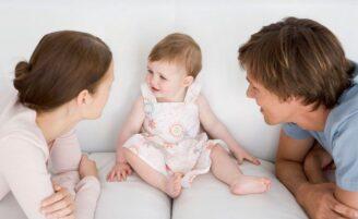 Como lidar com o bebê que está começando a falar