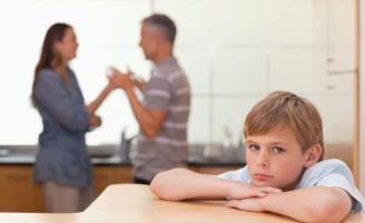 O que os filhos aprendem com o relacionamento dos pais?