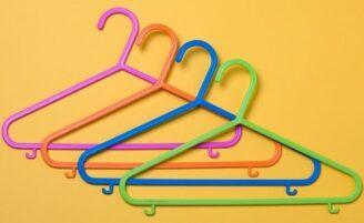 Conheça 5 maneiras inusitadas de usar o cabide