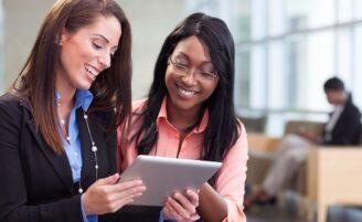 É possível fazer amizades verdadeiras no trabalho?