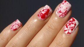 Unhas splatter são a novidade em unhas decoradas