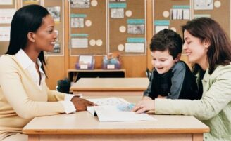 5 coisas que você deve perguntar aos professores do seu filho