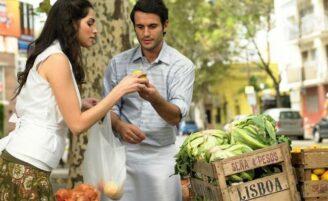 7 vantagens de comprar alimentos na feira