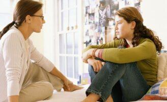 Como orientar a sua filha que menstruou pela primeira vez