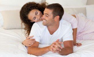 Quanto tempo devo esperar para ter relações sexuais após o parto?