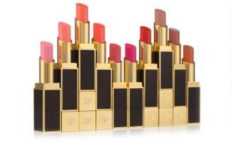 Tom Ford lança batons Lip Shine Color com ingredientes brasileiros