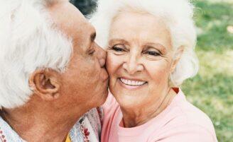 10 dicas para ter uma atitude positiva nos relacionamentos