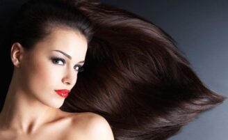 4 receitas caseiras para fazer o cabelo crescer mais rápido
