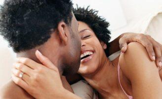 5 situações embaraçosas na cama e como sair delas