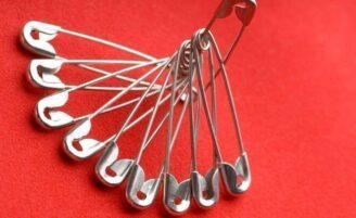 6 maneiras espertas de usar alfinetes com fecho