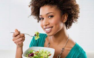 Entenda como funciona a dieta alcalina