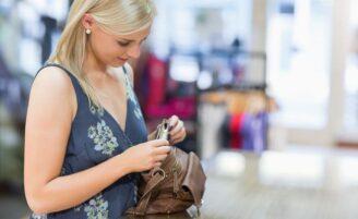 20 itens essenciais que você deve carregar na sua bolsa