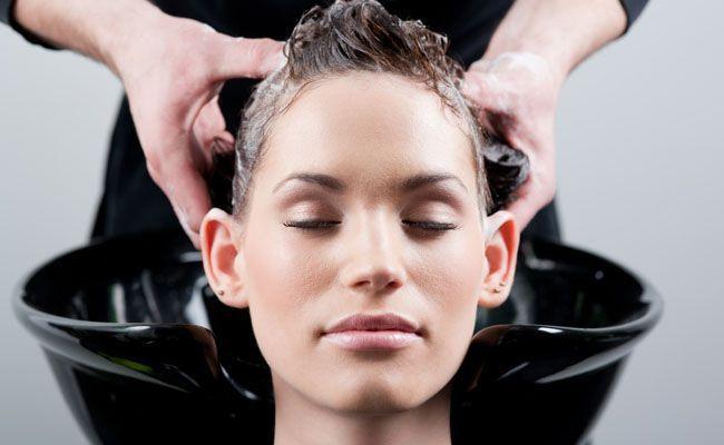 7 dicas para lavar seu cabelo como uma profissional 7 dicas para lavar seu cabelo como uma profissional