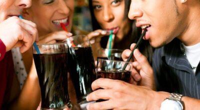 7 problemas de saúde que o consumo do refrigerante pode causar