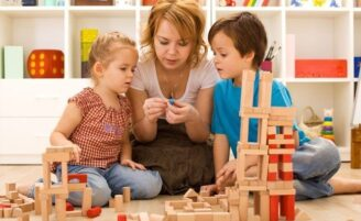 Como os pais podem lidar com crianças hiperativas