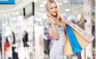 Conheça as estratégias das lojas para que você compre mais