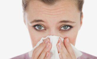 6 maneiras naturais de diminuir as reações alérgicas