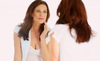 """O que é o """"estresse na pele"""" e como combatê-lo?"""