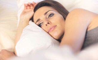 4 soluções para aliviar a Síndrome das pernas inquietas
