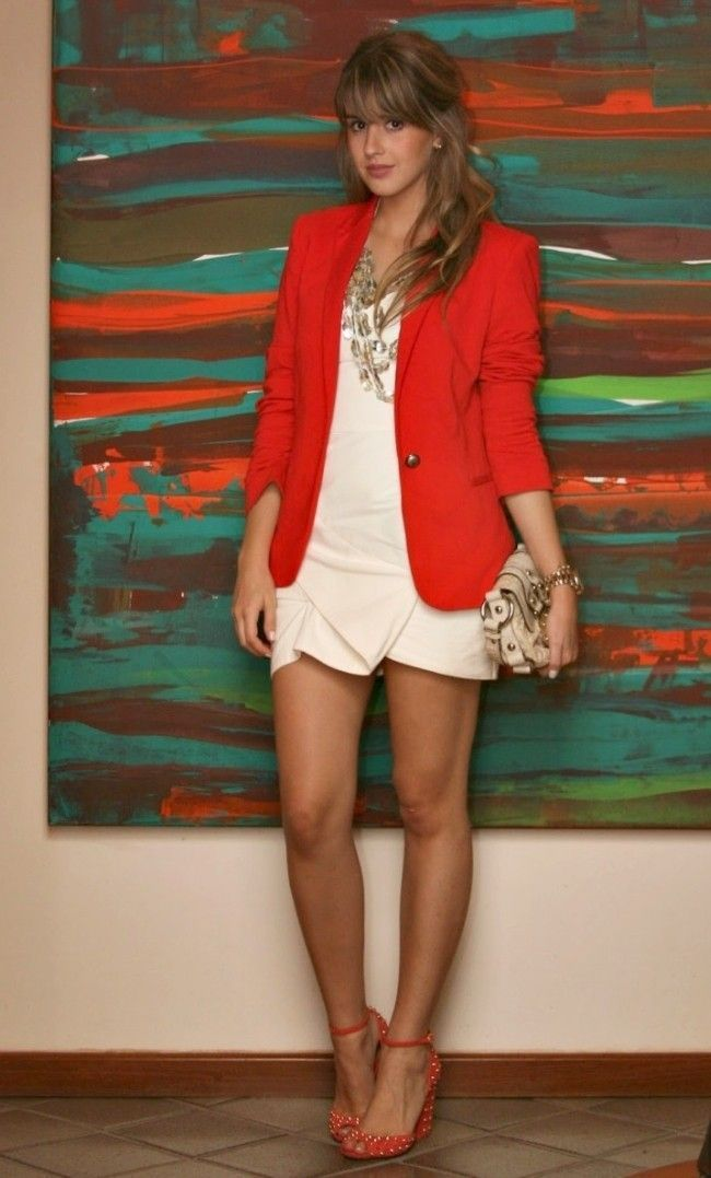 f7b3a530b3 Blazer feminino  aprenda a criar looks delicados e sofisticados