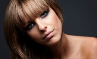 Maquiagem preta: o esfumado escuro queridinho das mulheres