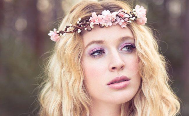 Resultado de imagem para coroa de flores tiara