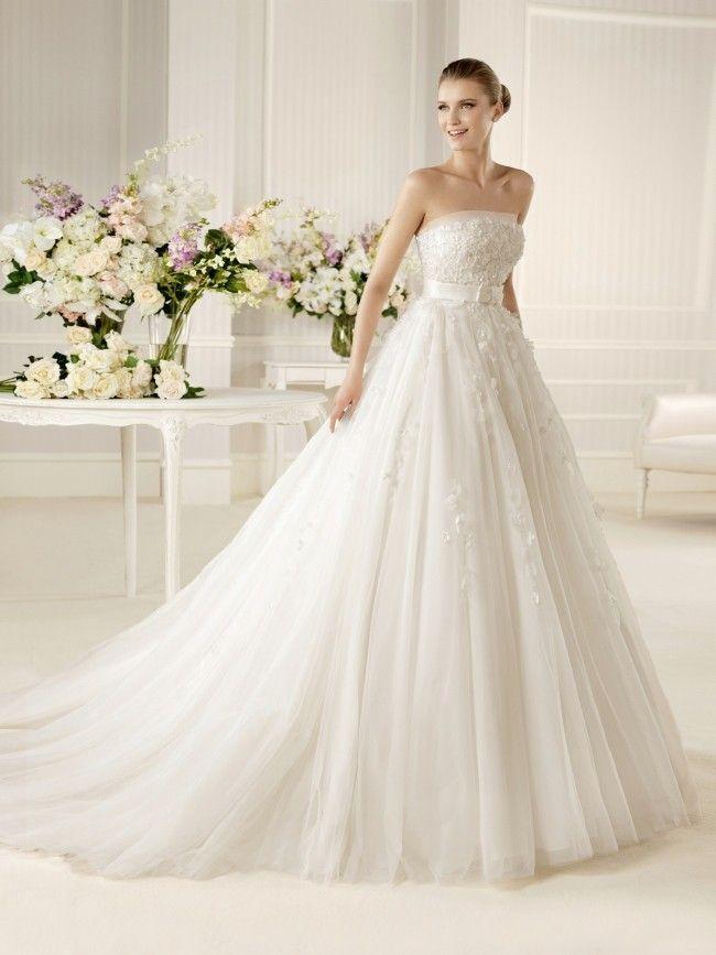 67cadbe0f3d2 Foto  abiti da sposa senza spalline