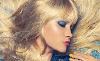 Maquiagem azul: adicione cor ao seu look com a sombra azul
